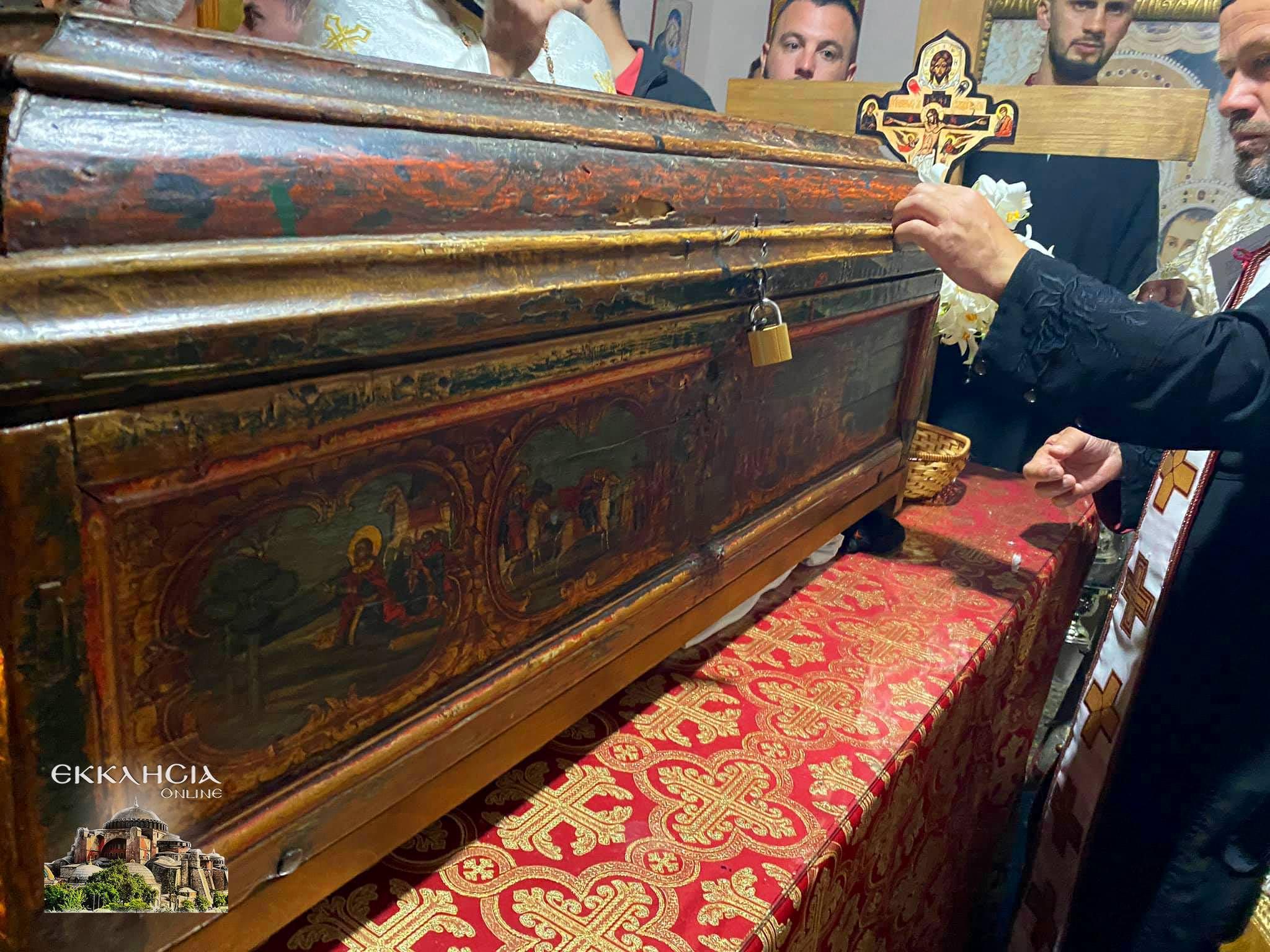 θαυματουργά λείψανα του αγίου Ιωάννου του Βλαδιμήρου