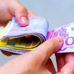 επίδομα μετρητά ευρώ