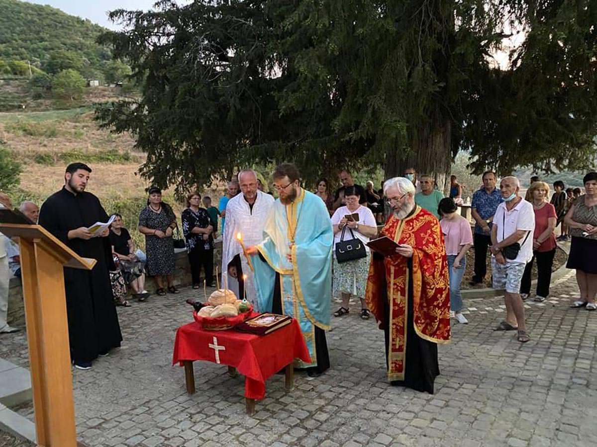 Κοίμηση της Παναγίας Εκκλησία Αλβανίας