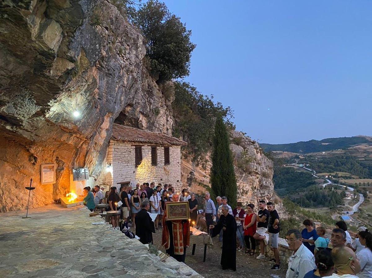 Κοίμηση της Θεοτόκου Εκκλησία της Αλβανίας