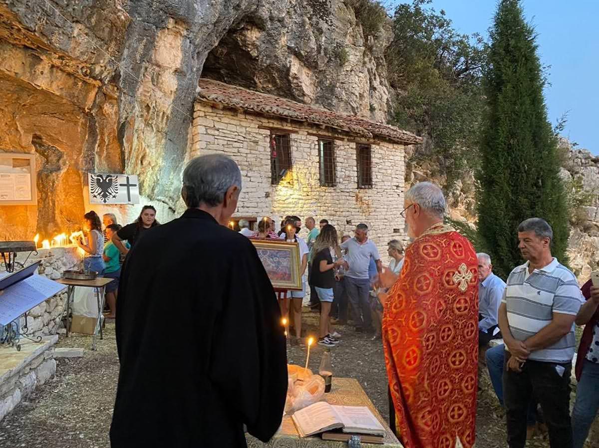 Κοίμηση της Θεοτόκου Εκκλησία Αλβανίας