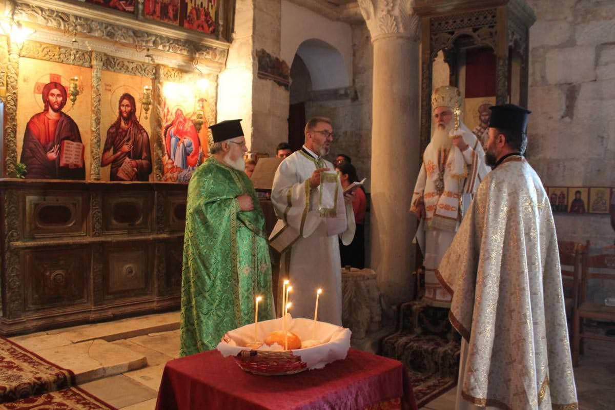 Κοίμηση της Παναγίας Εκκλησία της Αλβανίας