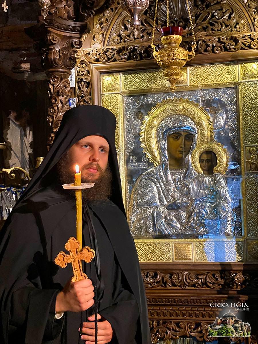 μοναχός Ισαάκ Μοναστήρι Μολυβδοσκεπάστου
