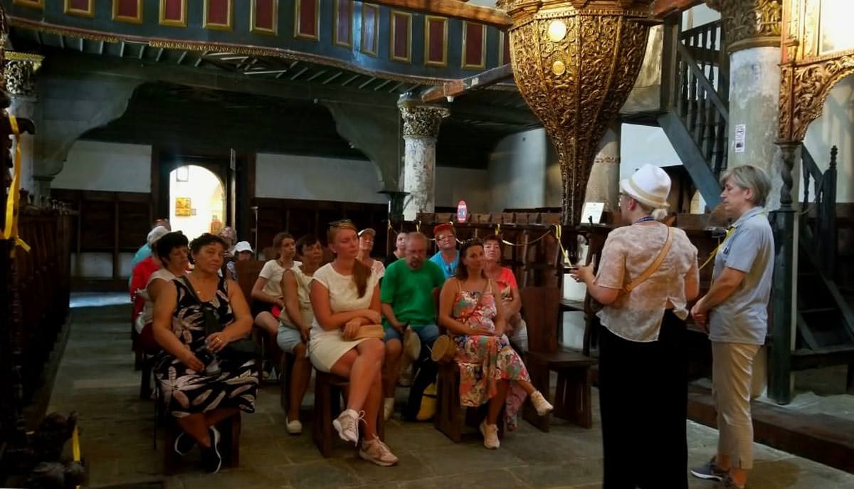 τουρίστες Ορθόδοξα μνημεία της Αλβανίας
